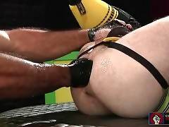 Two Tough Dudes Amazing Extreme Fistplay 4
