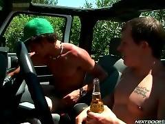 Two Friends Make Love Outdoor 4